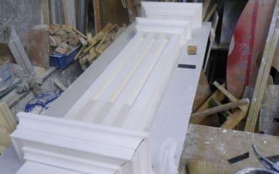 Reproduction à l'identique du pilastre avant moulage en en atelier (Gare de l'Etat Nantes)