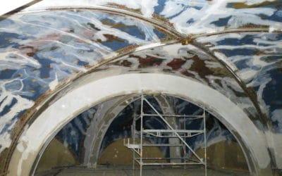 Restauration de voûte d'église en lattis plâtre, suite écartement des murs