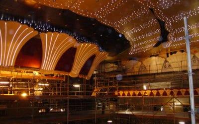 Salle de spectacle navire de croisière OCHESTRA, coquille en staff moulée en décor mural
